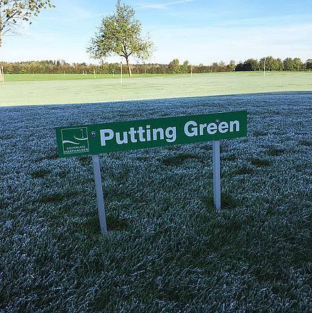 Frost auf Putting Green in Harthausen